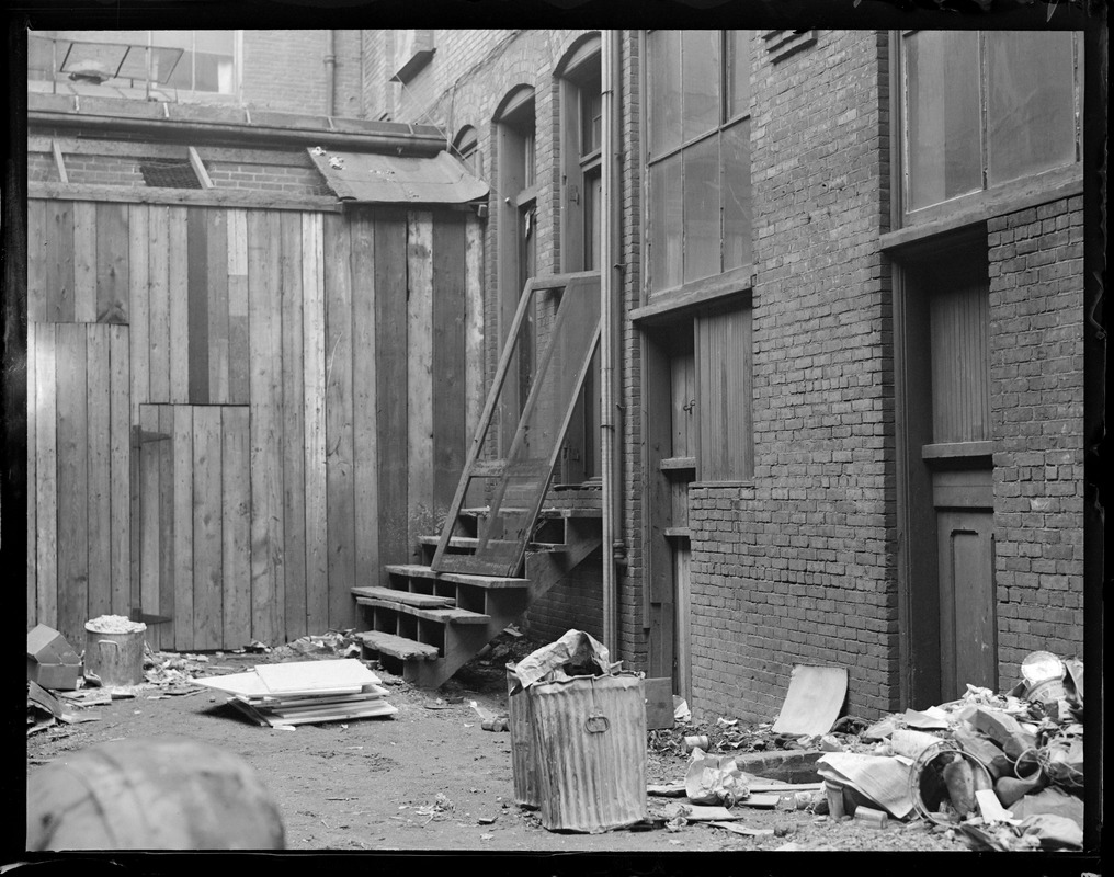 Alley behind Cotton Club in South End through which murderers escaped