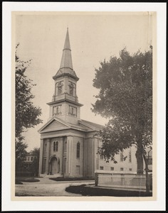 Pleasant Street Congregational Church, Pleasant and Maple Streets
