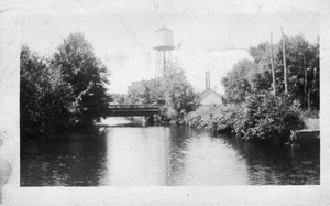 Collins Manufacturing Company Water Tank