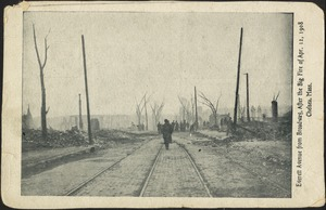 Everett Avenue from Broadway, after the big fire of Apr. 12, 1908, Chelsea, Mass.