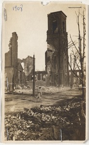 Ruins of the Central Congregational Church from the Great Chelsea Fire