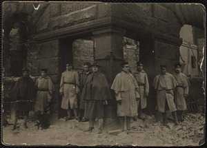 Guarding the vaults of the bank, corner of Congress Ave & Broadway, April 12, 1908