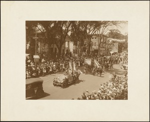 Plymouth Tercentenary celebration, parade, President Day, August 1, 1921, automobiles and military
