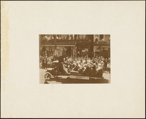 Plymouth Tercentenary celebration, parade, President Day, August 1, 1921, float with the Nemasket Choir
