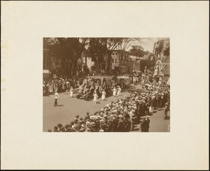 Plymouth Tercentenary celebration, parade, President Day, August 1, 1921, open cars with bunting