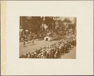 "Plymouth Tercentenary celebration, parade, President Day, August 1, 1921, float representing the ""Kathryn"" bringing the Irish donation--1676"