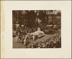 Plymouth  Tercentenary celebration, parade, President Day, August 1, 1921, float representing The Wonderful Mother--Plymouth Chapter, American Red Cross
