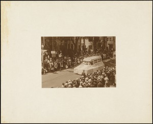 Plymouth Tercentenary celebration, parade, President Day, August 1, 1921, commercial float, Suffolk Brand Canned Goods