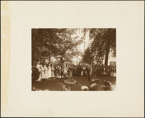 Plymouth Tercentenary celebration, September 20, 1921, dedication ceremony of Pilgrim memorial fountain, Pilgrim Singers choir (in Pilgrim garb) standing on left