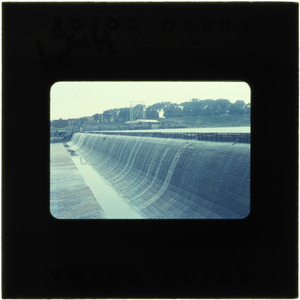 Dam, no water flowing, showing flashboards