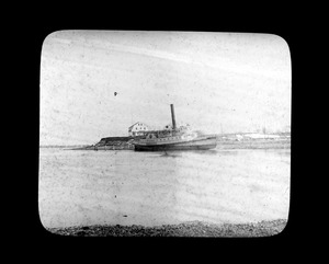 Steamer Monnitor ashore at Merrymount