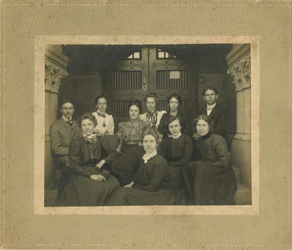A group of students in doorway