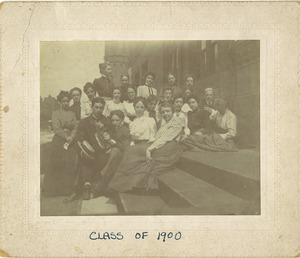 Portrait of the class of 1900