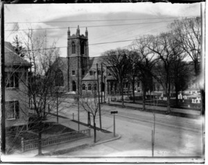 First Baptist Church, Mount Auburn and Common Streets