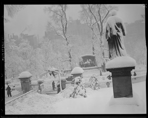 State House steps and Shaw Memorial in the snow