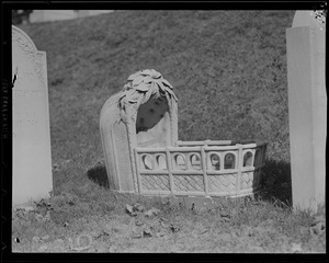Baby's tombstone, 2-10, cradle, Mary Wigglesworth, born June 29, 1883 - December 19, 1884