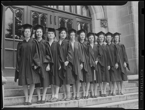 Beauty and Brains: 10 Wellesley College seniors named to membership in Phi Beta Kappa - Left to Right, Katherine Wyman of Winchester, Helen Herzberg of Younkers, N.Y., Theresa Zezzos of Quincy, Marjorie Bowen of Rehobuth, Dorothy Walbridge of Babylon, N.Y., Mary Buck of Manchester, N.H., Jean Goodman of Chicago, Magaret Williams of Glen Ridge, N.Y., Gertrude Perkins of Philadelphia and Elizabeth Wetherell of Syracuse, N.Y.