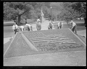 """Flowerbed showing Old Glory, """"Long May It Wave,"""" Public Garden"""