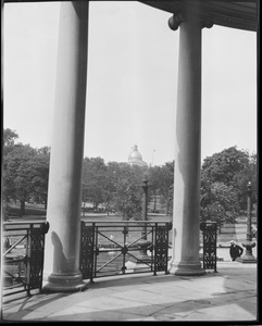 View toward State House from Parkman Bandstand