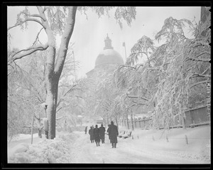 Boston Common and State House in the snow
