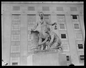 """Statues, Park Square, Lincoln and slave, """"Emancipation"""""""