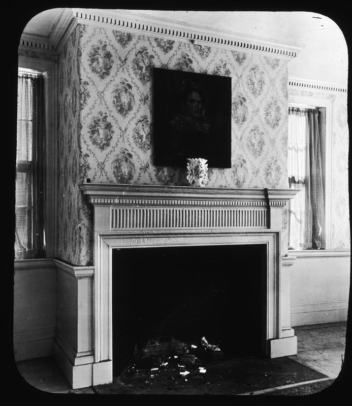 11 Devens Street, mantle in parlor
