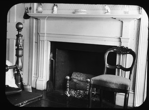 Bedroom fireplace at 32 High Street