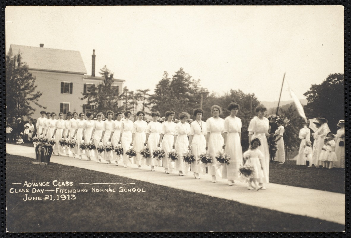 Advance class - Class Day - Fitchburg Normal School June 21, 1913
