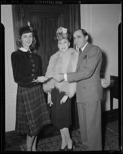 Amabel Eshleman with Sally Craven and Tony De Marco