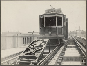 Boston Elevated Railway. Equipment. Bunter and car at Charles River Bridge draw