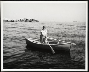 Matinicus, Maine. Mrs. Florence Bearse is the only lobsterwoman at Matinicus.
