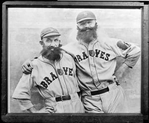 Rabbit Maranville, left, and Art Shires of the Braves disguised as House of David team