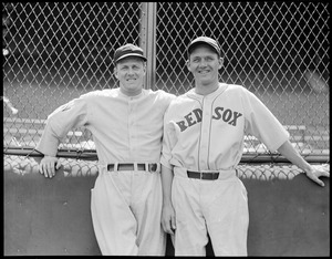 Al Thomas of the Senators and Fritz Ostermueller of the Red Sox