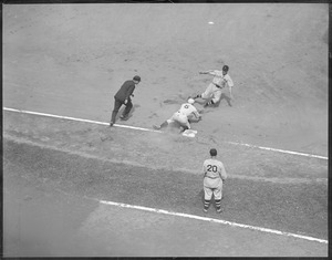 Otto Miller tagging out Johnny Hodapp of Cleveland who attempted to steal