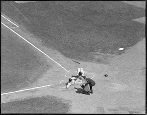 Lyn Lary of the Yankees tagged out by Benny Tate of the Red Sox on throw from first baseman Dale Alexander