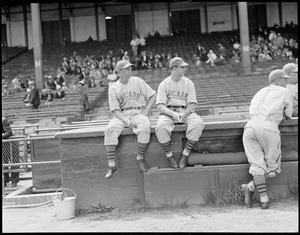 Chicago Cubs players, Braves field