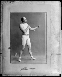 Bob Fitzsimmons in fighting pose