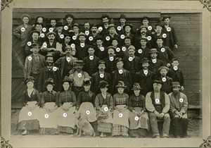 Employees of the Millers Falls Company, Millers Falls, (Ervingside), Mass.