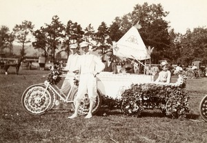 Neptune's Car - Earl N.W.Kellogg. Drawn by two bicycles. Greenfield Coaching Parade 1897 photo 8