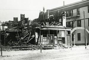 Fire 2, S.A. Knowles after fire March 1900