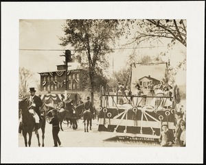 Arlington town centennial parade in front of the Locke School
