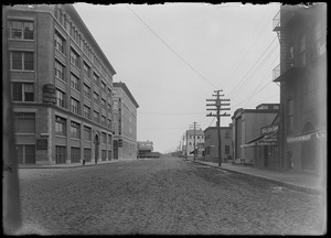 Stillings building, Congress Street from Pittsburgh, looking east ca. 1905