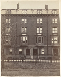 Residence of Jonas Fitch and L. M. Standish