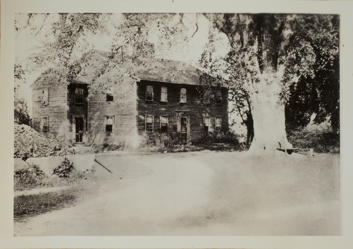 First view of Hartwell Tavern, Minute Man National Historical Park, c. 1904.