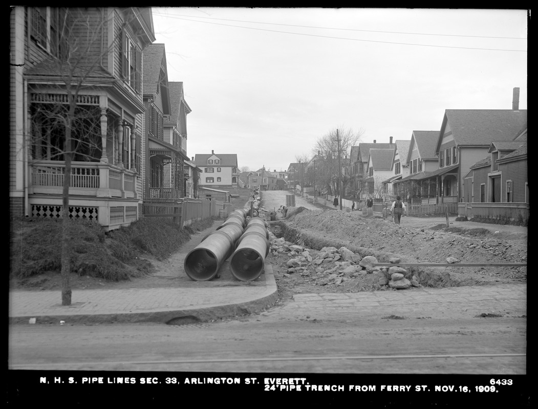 Distribution Department, Northern High Service Pipe Lines, Section 33, Arlington Street, 24-inch pipe trench from Ferry Street, Everett, Mass., Nov. 16, 1909