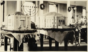 Temples used in the 275th anniversary of the Jew in America exhibit