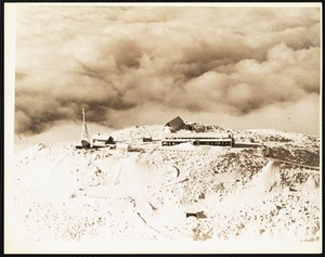 Mt. Washington observatory - looking west