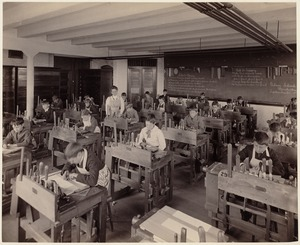 Gibson School - Dorchester - interior, drafting class
