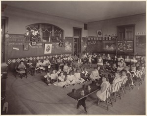 Hyde School - kindergarten - interior, room & class
