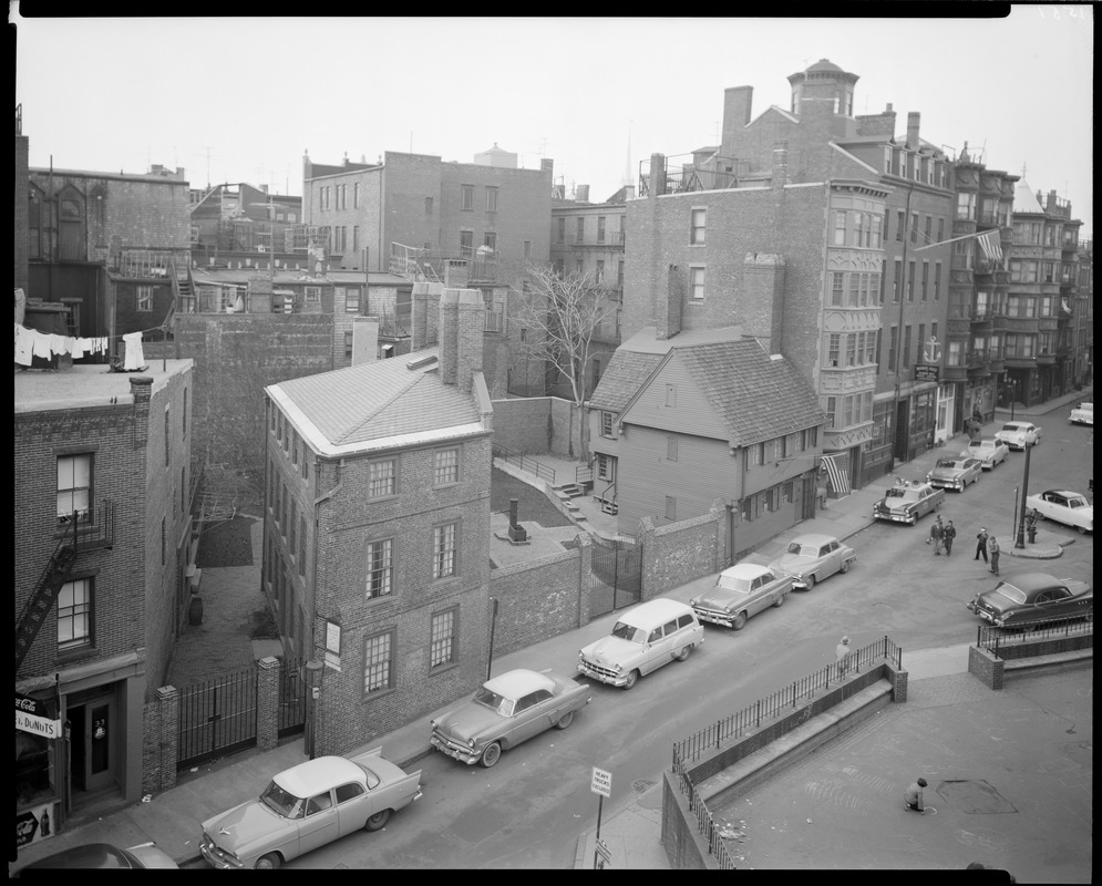 Pierce Hichborn House And Paul Revere House, North Square In The North End